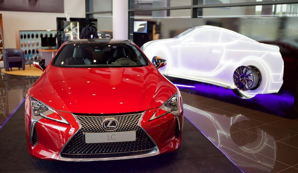Copyprint diseña un espacio exclusivo para la presentación del nuevo Lexus
